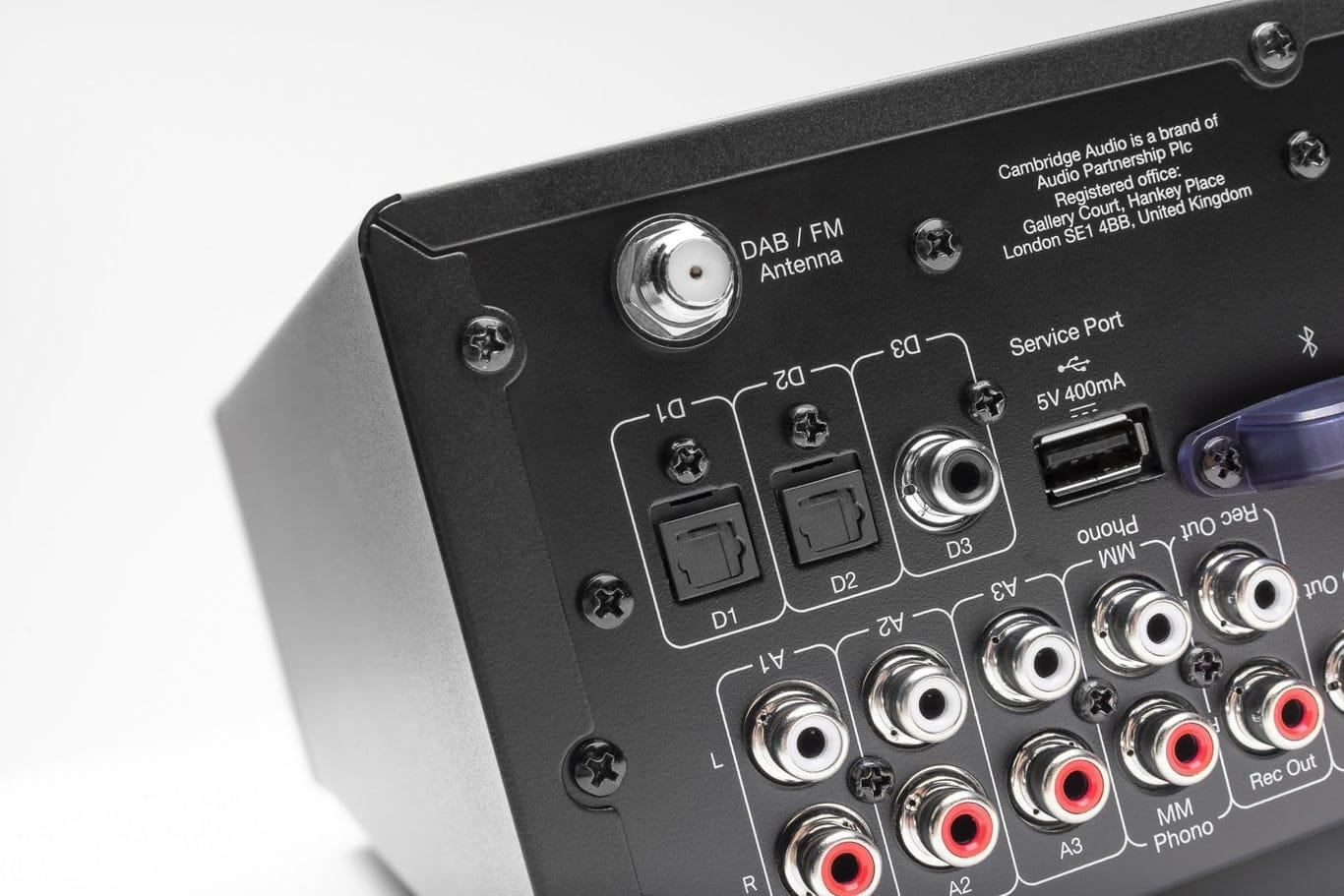 receptor-amplificador AXR100D de Cambridge Audio