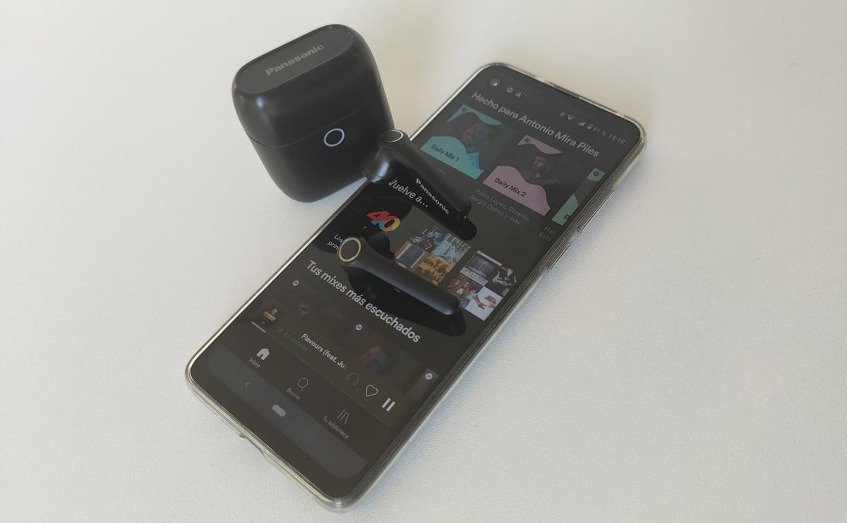 análisis Panasonic RZ-B100 Spotify